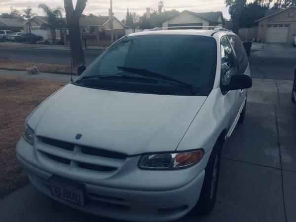 Photo 97 Dodge Grandcaravan - $1,950 (Riverside)