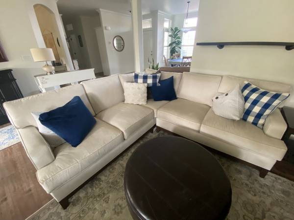 Photo Beautiful Ethan Allen Sectional For Sale - $1,900 (Calimesa)