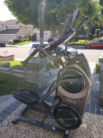 Photo Bowflex Max Trainer M8 Stairmaster Treadmill TreadClimber - $1600 (Walnut)