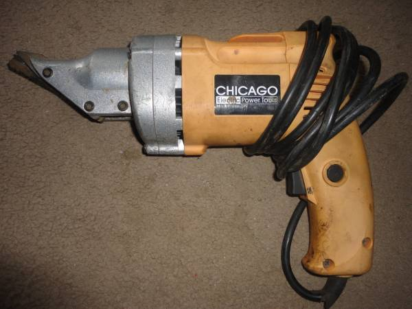 Photo CHICAGO ELECTRIC SHEAR - $30 (LAKE ELSINORE)