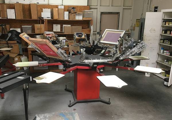 Photo Chaparral All Heads Down 8 Color 8 Station Screen Printing Press - $2,000 (fontana)