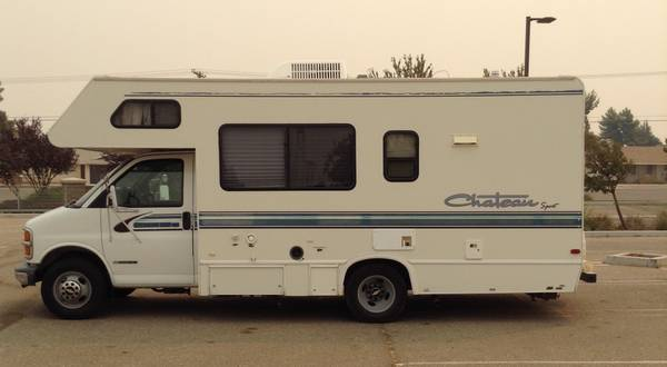 Photo Chevy RV 22 ft - $15,000 (Hesperia ca)