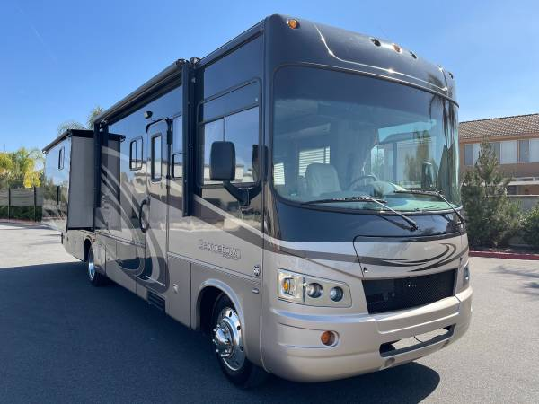 Photo Class A Motorhome with bunk beds for rent - $200 (Norco)