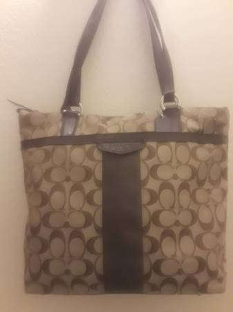 Photo Coach purse with matching wallet - $65 (Rialto)