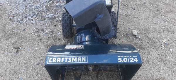 Photo Craftsman snow blower - $200 (Apple Valley, CA)