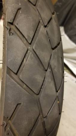 Photo Free 21quot motorcycle tire. Used (Jurupa valley)