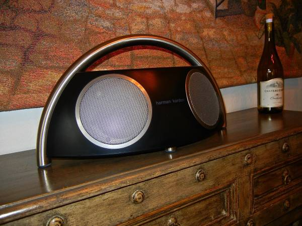 Photo HARMAN KARDON Hi fi Speaker System MINT New Condition - $150 (Temecula)