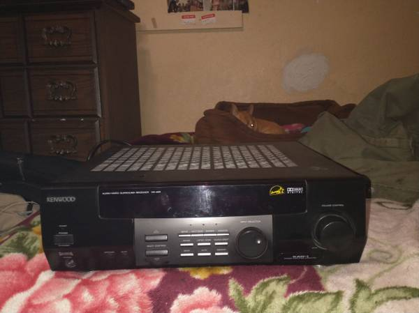Photo Kenwood surround sound devk - $60 (Hesperia)