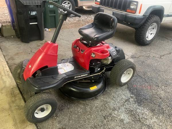 Photo Murray 24 quot Riding Mower 8.75 HP 190 cc Excellent Condition 30quot - $680 (Rialto)
