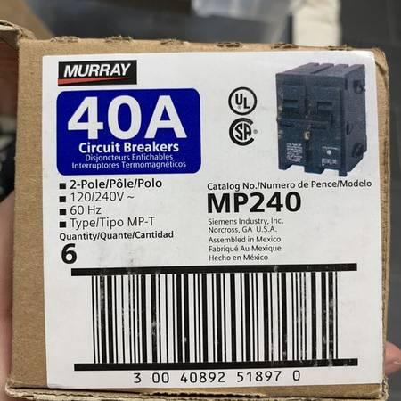 Photo Murray 40 Amp Double pole Circuit breaker 6-piece - $60 (Colton)
