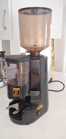 Photo Nuova Simonelli NS MDX Commercial Espresso Grinder - $200 (Claremont)