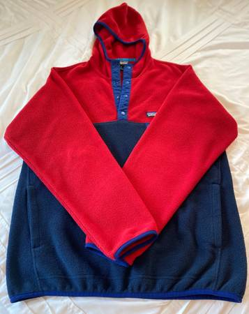 Photo Patagonia Synchilla Snap-T Fleece Hoodie - $50 (Pomona)