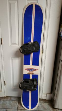 Photo Really Nice Jobe Snowboard 160 cm With Bindings Made in USA - $130 (Lake Arrowhead)