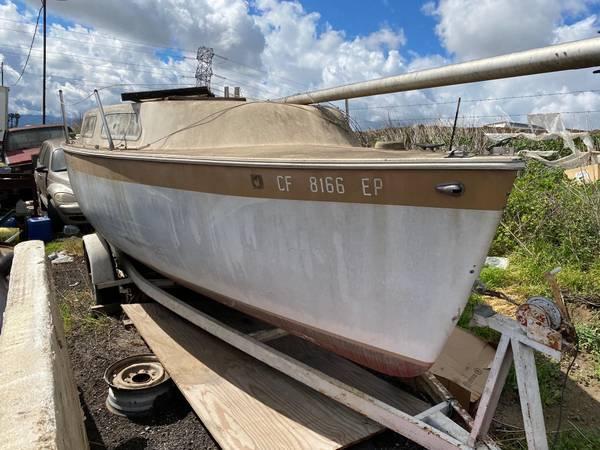 Photo Sail Boat - fiberglass, needs TLC - $1,200 (Chino)