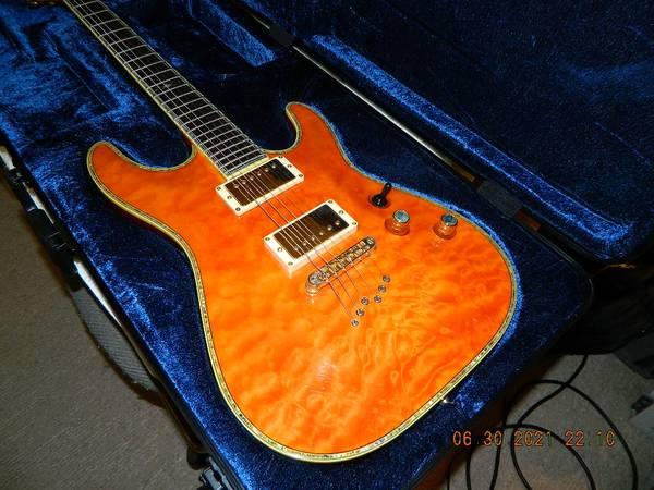 Photo Schecter C1-Elite Quilted Amber - $550 (MenifeeCanyon Lake)