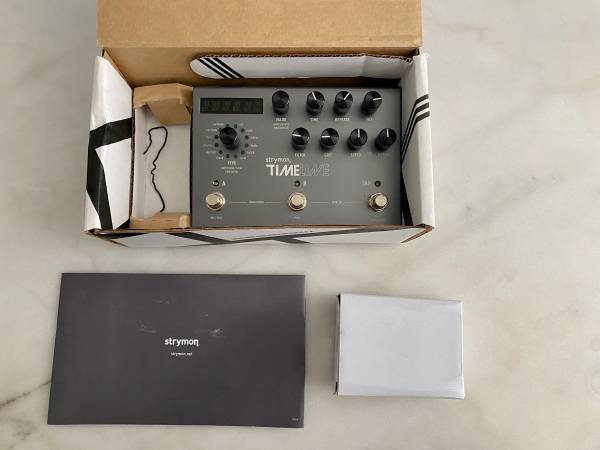 Photo Strymon Timeline digital Delay in the original box with power supply a - $375 (RIVERSIDE)