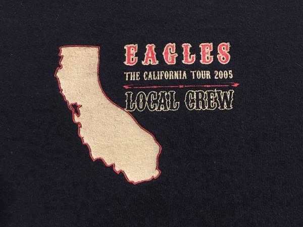 Photo THE EAGLES 05 LOCAL CREW SHIRT