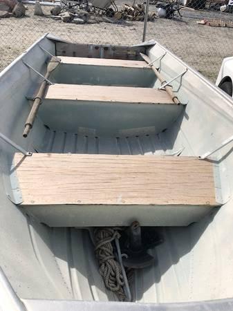 Photo Valco U-14 Boat and Trailer - $1,500 (Desert Hot Springs)