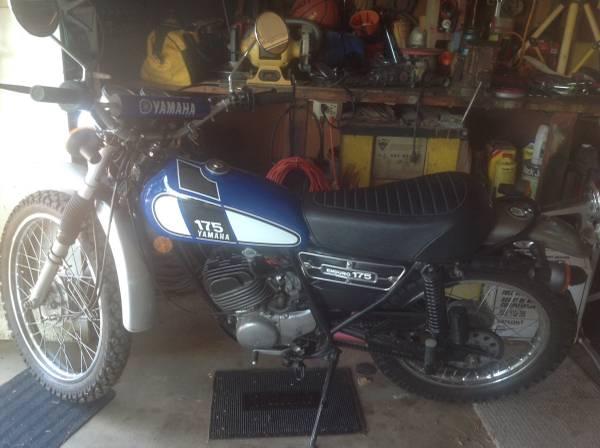 Photo Yamaha DT 175 1976 - $2250 (Riverside, CA)
