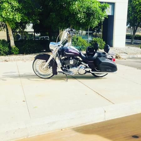 Photo 2007 Harley Davidson Road King Custom  - $10,800 (North San Bernardino)