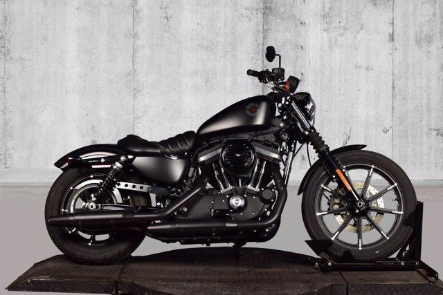 Photo 2020 Harley-Davidson Sportster Iron 883 XL883N