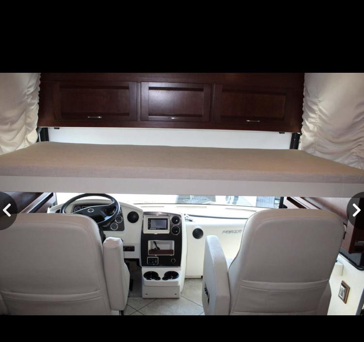 Photo Used 2014 Winnebago Class A RV  $125000