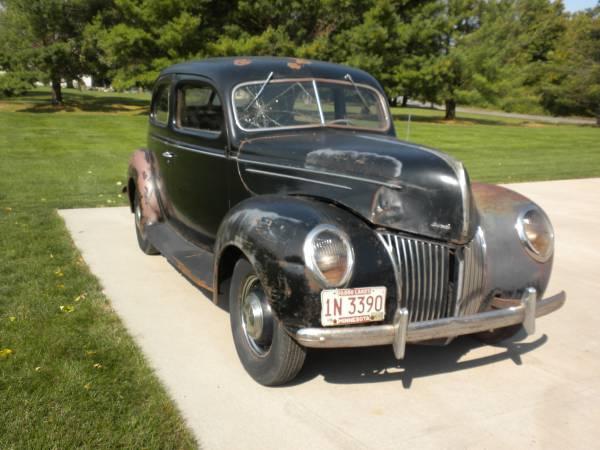 Photo 1939 Ford Deluxe 2 Door - $4,400 (Shueyville)