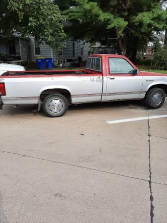 Photo 1988 Dodge Dakota - $400 (Washington)