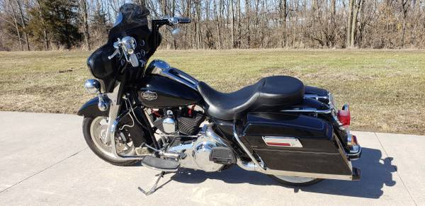 Photo 2008 Harley Davidson Ultra Classic FLHTCU Electra Glide - $7,995 (agency iowa)