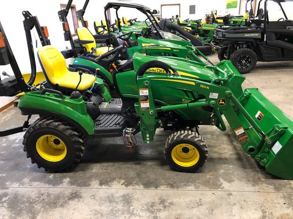 2018 John Deere 1023E 4wd tractor w/loader only 28 hrs w ...