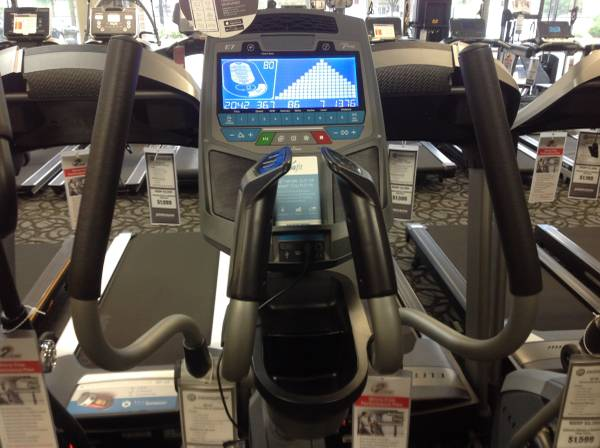 Photo Horizon - Elite E7 Elliptical - $1,399 (Johnson Fitness and Wellness Coralville)