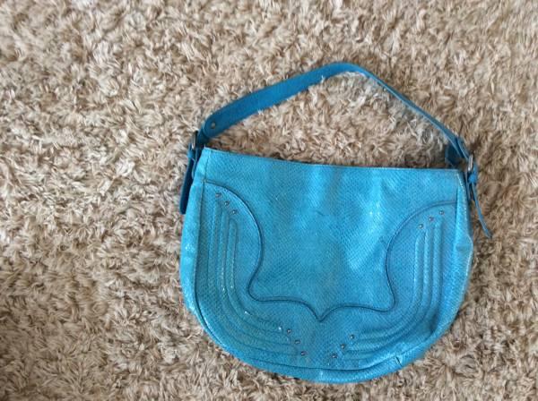 Photo Jessica Simpson purse - $15