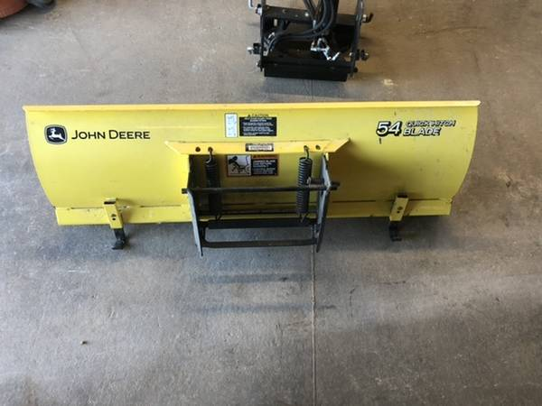 Photo John Deere 54 front quick attach blade - $950