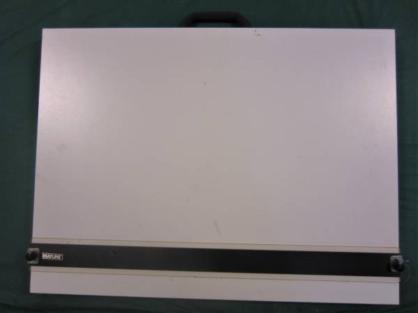 PORTABLE DRAFTING BOARD - $100 (Des Moines)