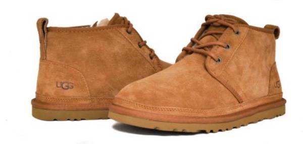 Photo Ugg Neumel mens size 12 low cut boots - $85 (Iowa City)