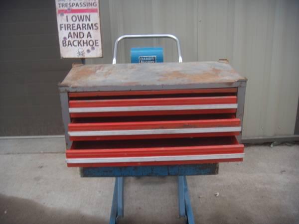 Photo Vintage Craftsman tool chest - $75 (Dubuque area)