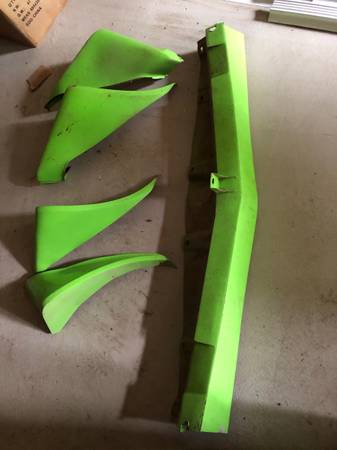 Photo 1979 1980 1981 firebird trans am fender flare flares set chin spoiler valance 79 - $250 (Spencer)