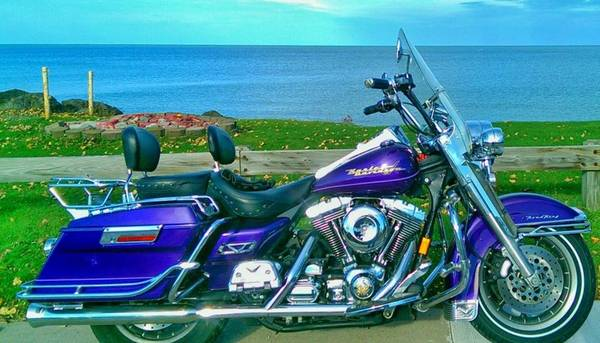 Photo 2000 Harley Davidson Road King FLHRI - $6,999 (Rochester)