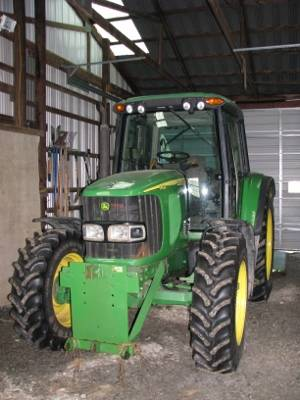 Photo 2005 JD 6420 4x4 tractor for sale w 939 blade - $67,500 (east freetown, ny)