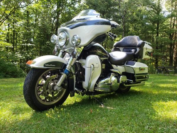 Photo 2008 Harley Ultra classic - $7,995 (Candor)