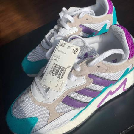 Photo Adidas Originals TRESC Run Aqua, Purple, White Shoes - $70 (Ithaca)