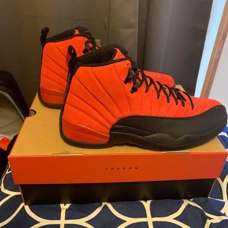 Photo Air Jordan 12 Retro Reverse Flu Games Men39s Size 13 - $240 (Ithaca)