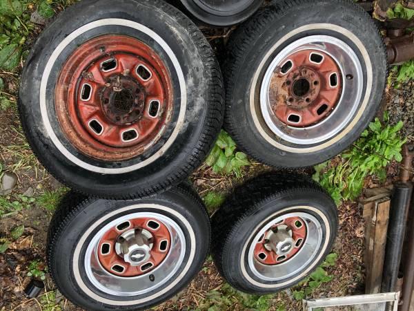 Photo Camaro Chevelle nova Malibu el Camino rims wheels 14 rallies - $250 (Spencer)