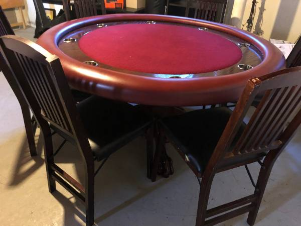 Photo Custom poker table with 6 folding chairs - $500 (Ithaca)