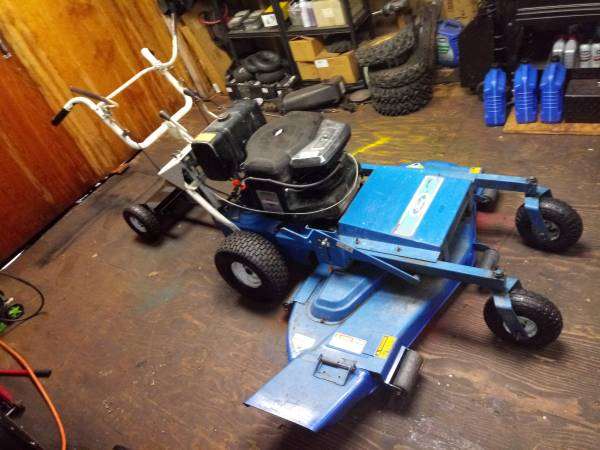 Photo Ford Comercial Walk Behind Mower with Sulky - $750 (Cortland)
