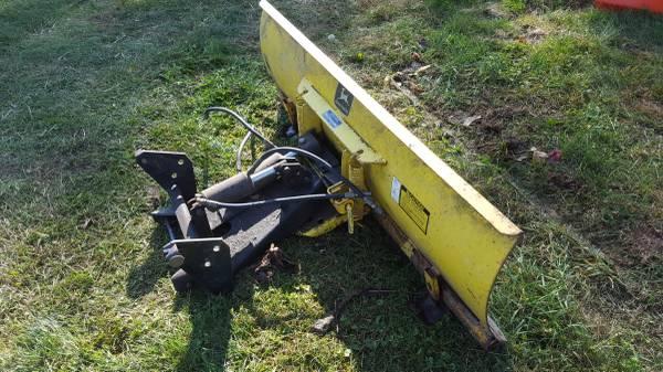 Photo John Deere 54quot 4-way snow plow - $450 (Trumansburg)