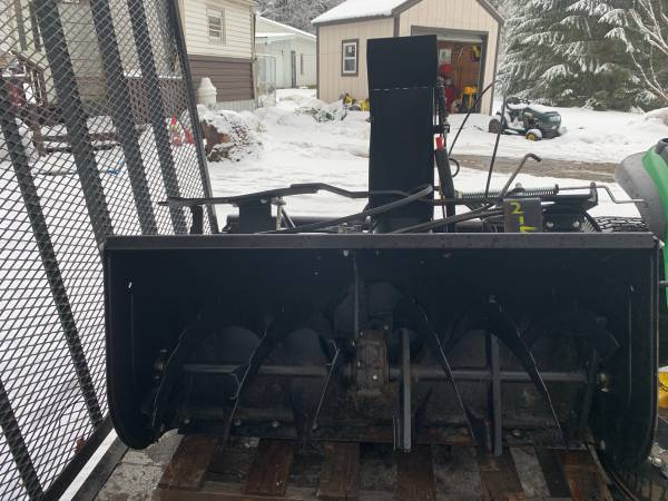 Photo Simplicity or mtd tractor 42 snowblower attachment - $500 (Mcgraw)