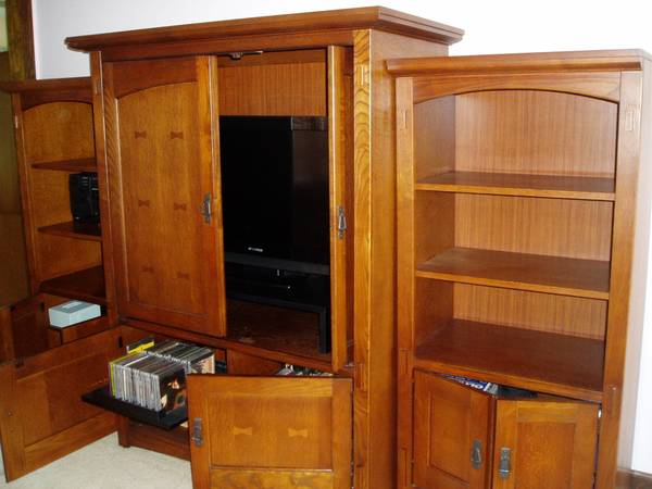 Photo TV Cabinet and Shelves - $400 (Town of Enfield)