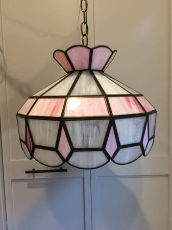 Photo Tiffany Pendant Stained Glass Pink and White L Light - $75 (Ithaca)