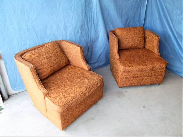 Photo Vintage Twin Pair Of Dark Orange Late 60s Modern Rolling Lounge Chairs - $70 (Ithaca)
